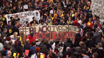 35 Charged in #BlackLivesMatter Protest at Mall of America